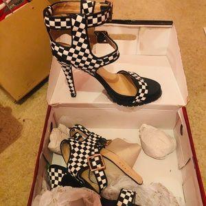Liliana Shoes Size 10 heels